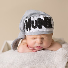 baby hunk hat from newborn session in peoria arizona